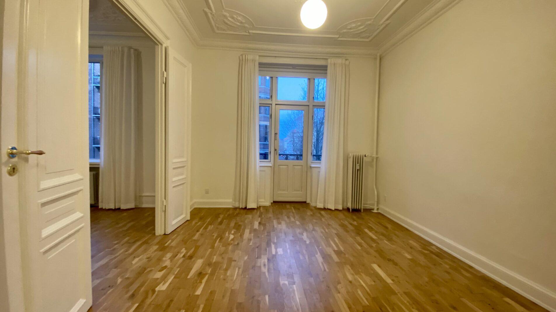 Second-Bedroom-1904x1071